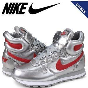 Nike Snow Waffle sneakers women size 7